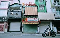 """Chủ các cửa hàng ăn uống tại TP HCM: """"Không biết trụ được tới bao giờ"""""""