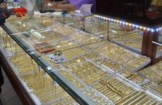 Giá vàng hôm nay 28-8: Vọt lên mạnh mẽ, USD suy yếu trên diện rộng