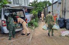 CSGT TP HCM chăm lo người khó khăn, yếu thế ở các xóm trọ nghèo