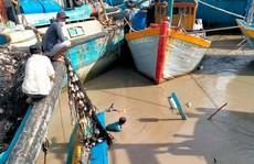 Lũ quét bất ngờ trong đêm, nhấn chìm nhiều tàu cá