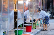 """CLIP: """"Chợ nhà giàu"""" ở phố cổ Hà Nội thay đổi sau hơn 10 ngày dừng hoạt động"""