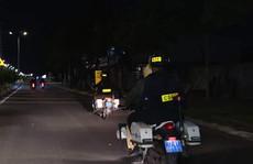 Đột quỵ giữa đêm, lỡ đường, bệnh nhân được xe chuyên dụng đưa đi cấp cứu