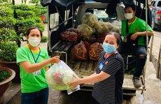 Hỗ trợ thực phẩm cho công nhân khó khăn