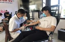 Hiến máu cứu người để gây Quỹ vắc-xin phòng chống Covid-19