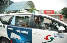 Vinasun Taxi tặng 3.000 bộ đồ bảo hộ y tế chất lượng cao cho Bệnh viện Chợ Rẫy