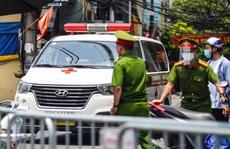 Công an, quân đội kiểm tra xe công vụ, xe cứu thương, xe 'luồng xanh' ở Hà Nội