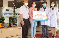 Cen Sài Gòn trao tặng Bình Dương thiết bị y tế trị giá 2 tỉ đồng