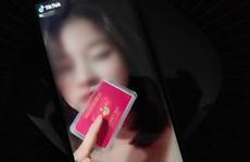 Cô gái đăng clip 'thẻ đỏ của ba' để đi quanh Hà Nội khi giãn cách bị phạt 12,5 triệu đồng