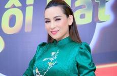 Phía Việt Hương nói gì về thông tin 'Phi Nhung cầm cự từng hơi thở'?