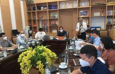 CLIP: Nghệ sĩ Quyền Văn Minh thổi kèn saxophone tặng các y bác sĩ tuyến đầu