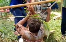 Đồng Nai: Người đàn ông rơi xuống giếng hoang sâu 20 m
