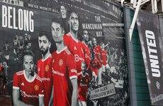 Ronaldo tái xuất, bùng nổ thánh địa Old Trafford