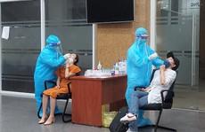 TP HCM: Tất cả các trường hợp ho, sốt, khó thở phải xét nghiệm