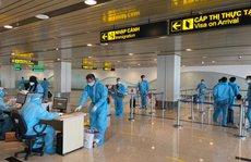Hai chuyến bay thí điểm 'hộ chiếu vắc-xin' với công dân từ Mỹ về nước