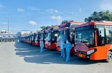 TP HCM đưa gần 30.000 người về quê an toàn
