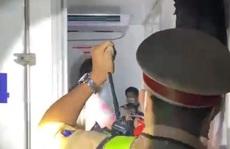 Vụ xe đông lạnh 'nhét' 15 người: Quảng Trị khẩn trương kết nối, đưa người dân về quê