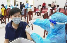 Cách chức Giám đốc Trung tâm Y tế TP Trà Vinh do tiêm vắc-xin sai đối tượng