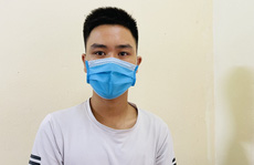 Kiểm tra khai báo y tế chống dịch, tóm gọn kẻ trốn truy nã