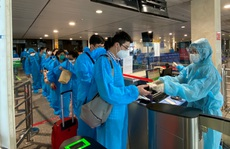 Đoàn bác sĩ, nhân viên y tế Bệnh viện Việt Đức lên đường vào TP HCM chống dịch