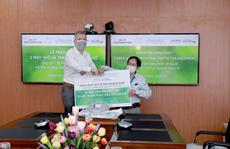Hoiana tài trợ 2 máy thở và đồ bảo hộ cá nhân cho tỉnh Quảng Nam chống dịch