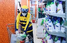 CLIP: Đặt mặt hàng thiết yếu trên ứng dụng công nghệ, người dân được đi chợ hộ