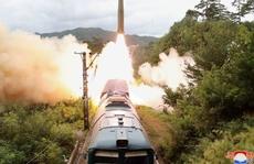 Hàn Quốc 'đua' thử tên lửa, bà Kim Yo-jong dọa mạnh tay