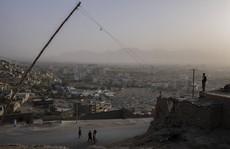 Thủ đô Kabul hứng rốc-két, Taliban đứng trước 'phép thử' khó