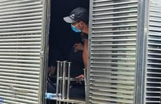 TP HCM: Liên tục phát hiện điều bất ngờ từ xe tải 'luồng xanh'