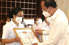 Tình nguyện phục vụ vì sức khỏe bệnh nhân