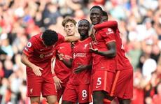 'Cuồng phong đỏ' Liverpool cuốn phăng Crystal Palace, chiếm ngôi đầu Ngoại hạng
