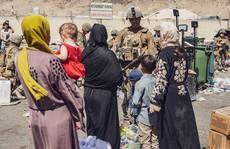 Đa số đồng minh Afghanistan còn kẹt lại sau các chuyến không vận