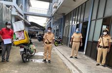 TP HCM: Phát hiện bất ngờ từ 2 người đi đường đáng nghi