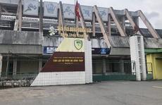 Vụ ổ dịch Covid-19 ở Sân vận động Đồng Tháp: Đình chỉ công tác 1 giám đốc
