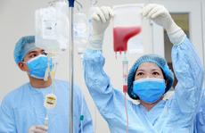 Chuyên gia nói gì về tính khả thi của 2 phương pháp mới điều trị bệnh nhân Covid-19?