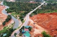 Lâm Đồng: Cận cảnh doanh nghiệp phá đồi, san lấp làm dự án cạnh Quốc lộ 20