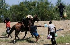 Biên phòng Mỹ dùng roi da đuổi người di cư Haiti?