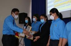 Khánh Hòa: Trao giải cuộc thi viết nét đẹp đoàn viên, cán bộ Công đoàn
