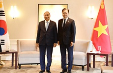 Gặp Chủ tịch nước, Tổng thống Hàn Quốc tuyên bố hỗ trợ Việt Nam 1 triệu liều vắc-xin