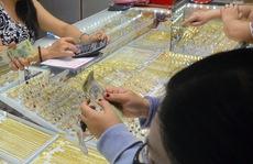 Giá vàng hôm nay 24-9: Bị nhấn chìm dù giá USD đảo chiều đi xuống