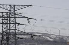 Clip: Trung Quốc thiếu điện, nhiều cửa hàng khu Đông Bắc đốt đèn cầy