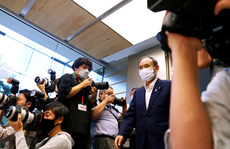Đằng sau quyết định ra đi của Thủ tướng Suga Yoshihide