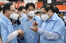 Thủ tướng mong Samsung có tiếng nói với Chính phủ Hàn Quốc hỗ trợ Việt Nam vắc-xin