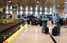 Chuyến bay đầu tiên thí điểm 'hộ chiếu vắc-xin' đã hạ cánh tại sân bay Vân Đồn