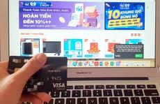 Chủ thẻ tín dụng được giảm lãi suất và hoàn tiền