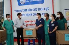 Chủ tịch UBND TP HCM Phan Văn Mãi thăm Trung tâm Hồi sức tích cực người bệnh Covid-19