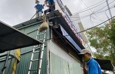 Lãnh đạo TP Đà Nẵng chỉ đạo tạo điều kiện cho dân sửa nhà chống bão số 5 trong đại dịch