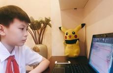 Bố mẹ làm gì để giúp con khi học trực tuyến?