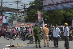 Nữ sinh lớp 8 thiệt mạng dưới bánh xe container