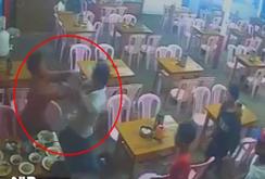 Thanh niên bị đâm gục trong quán ăn
