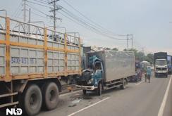Hai xe tải đâm nhau, phụ xe tử vong